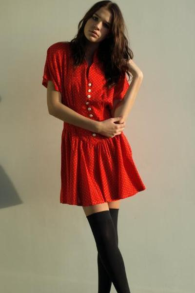 Red-vintage-from-ebay-dress_400