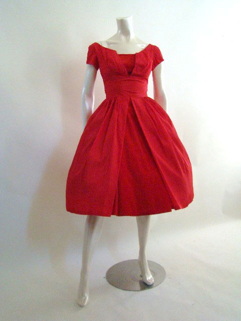 Image-vintage-red-dress