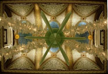 1745416tiffany_ceiling_on_5th_floor_of_m