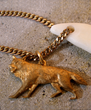 Wolftoothnecklace0a
