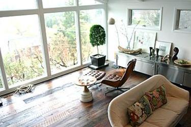 Studio_treehouseroom1