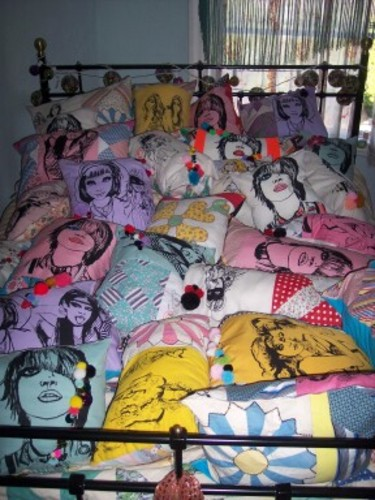 Pillows_1_1