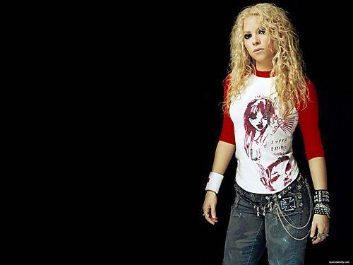 Go4-Shakira-037